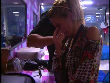 Daniela P. não esconde a emoção...