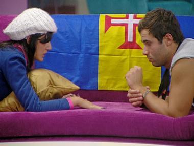 Cláudio e Petra conversam sobre nomeações